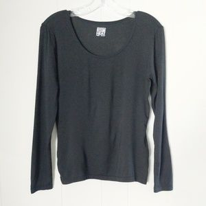 32° Black Long Sleeve Top Size Medium